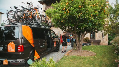 Mallorca shuttle services for cyclists to hotels and start of you bike ride | HC Bike Tours