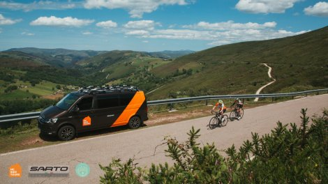Private SAG van services in Mallorca with HC Bike Tours