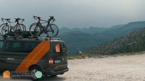 SAG van support services for Private groups in Mallorca | HC Bike Tours